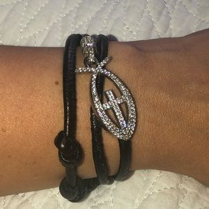 Jewelry - Good luck 925 silver and leather bracelet!!!